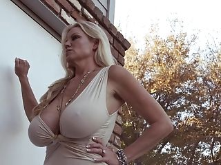 Curvy Kelly Taking Monster Manmeat Gonzo Missionary