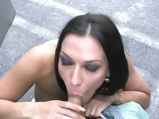 Topnotch Whore Smooches, Licks, And Deep-throats Dick In The Parking Lot