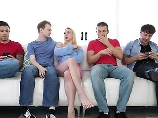 Massive Oral Group Sex With Sexy Blonde Skylar Vox And A Lot Of Folks