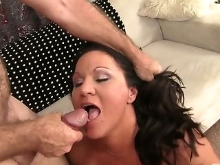 Non-traditional Chubby Cougar Laylani Wood Wanna Be Fucked Meticulously Today