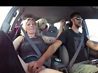 Blonde Gets Finger-tickled Till Jizz In The Car
