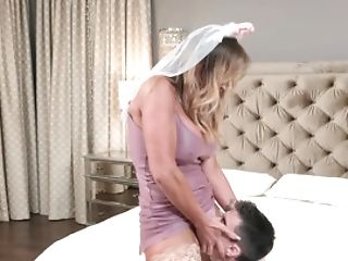 Shortly To Be Stepmom Fucks His Youthfull Dick Gonzo