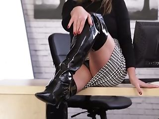 Office Whore In Spandex Apparel Lou Pierce Is Undressing In The Office