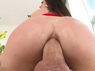 Well-lubed Sexy Rounded Booty Of Brittany Shae Gets Decently Poked By Dude