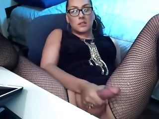 Chubby Shemale In Fishnets - Hot Solo