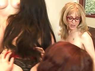 Nina Hartley Is One Bootylicious Matures Woman And She Loves G/g Orgies