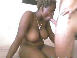 African Female Loves Her Beau's Meaty Trunk